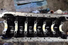 APS Truck and Trailer Repair Ltd Heavy Duty Mechanic Truck Repair & Offers Complete Truck Trailer Repair Services in Abbotsford. Specializing in engine repairs, overhauls of Volvo, Cummins, Cat, Detroit & Transmission work of Detroit DT12, Volvo I-Shift, Eaton